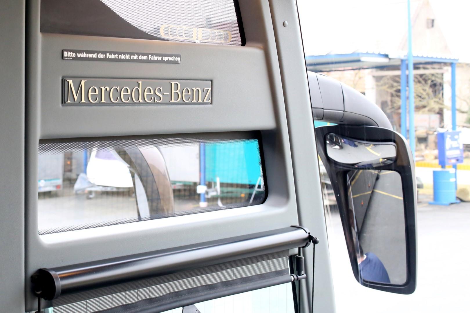 Royal Busreisen   Kürbisstr. 71, 65428 Rüsselsheim   Royal Busreisen   Kürbisstr. 71, 65428 Rüsselsheim   Tourismo NEU (2) (Large)